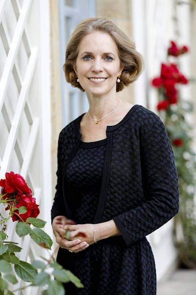 Dr. Manuela Oswald Schloss Maierhofen Painten