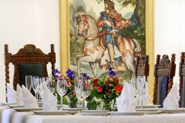Festessen Salon Schloss Maierhofen