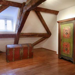Flur 2.OG Schloss Maierhofen